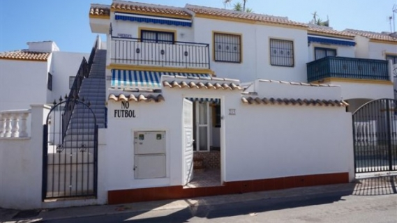 Townhouse - Sale - Torrevieja - Centro Ciudad