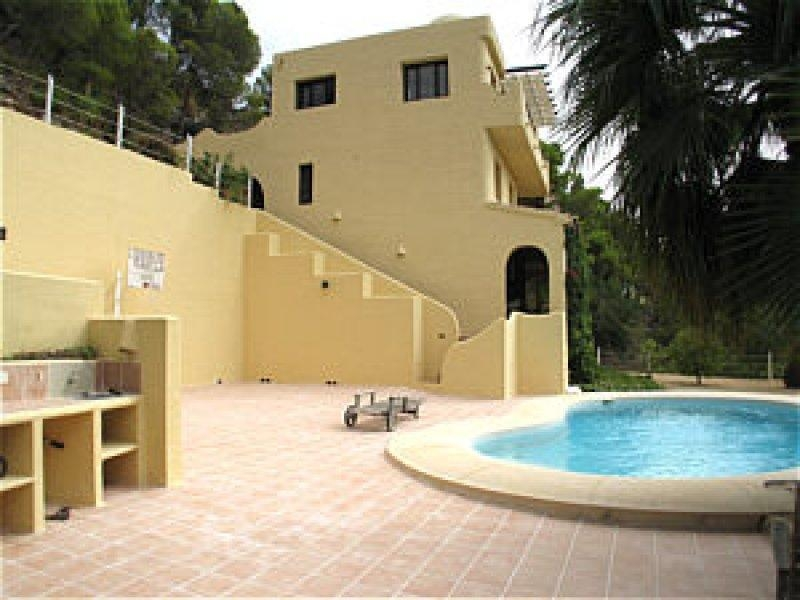 Sale · Villa Altea · Costa Beach